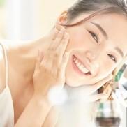 究極のアンチエイジング&全ての肌トラブルを解消する肌再生治療登場!